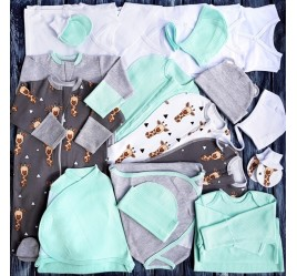 Комплект для новорожденного №14 (пеленки-коконы, распашонки, чепчики и пр.)