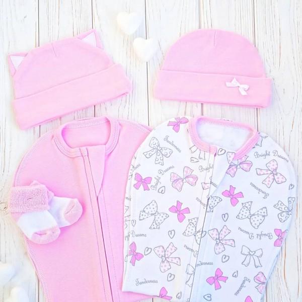 Набор из двух конвертов с шапочками: розовый и банты